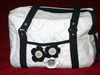 Нарядная сумка для маленькой собачки